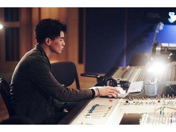 20200216 楊仁沛 首張創作單曲 是你是你 hugo by hc group 02.jpg