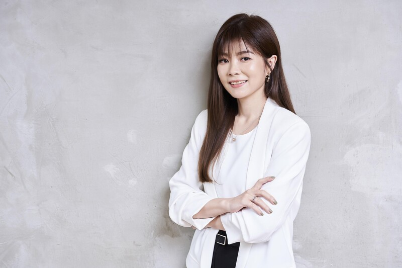 202005 美麗佳人 marie claire 五月號 kila 獨家專訪 hc group 03.jpeg