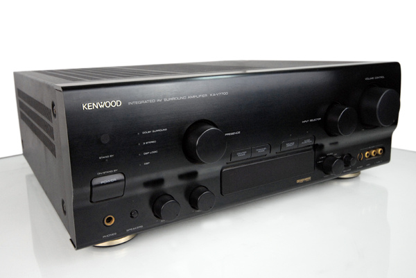 kenwood ka-v7700.jpg