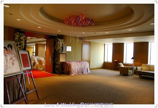 插播:臺北晶華酒店三樓宴客廳也是如此