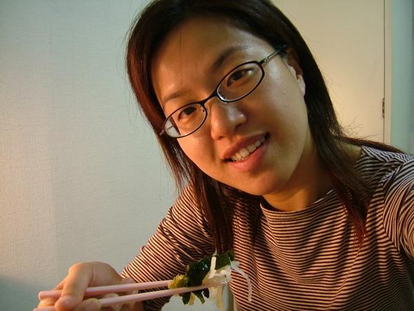 首先,藻類葉菜等的和風沙拉,超好吃
