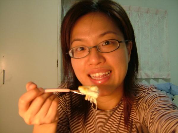 海鮮焗通心麵,吃到噁心,以後絕對不再買了(不好吃)