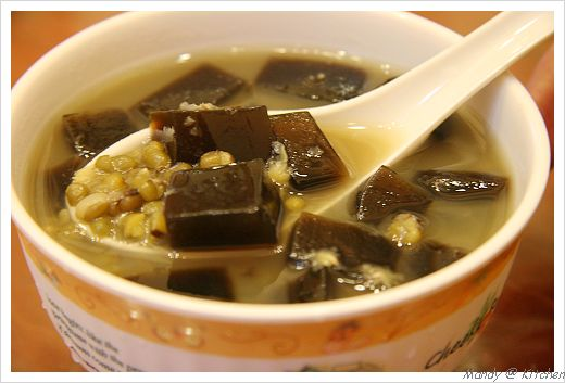 綠豆仙草甜湯