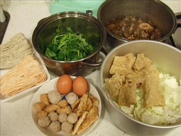 07/03/19簡單方便又好吃的羊肉爐晚餐