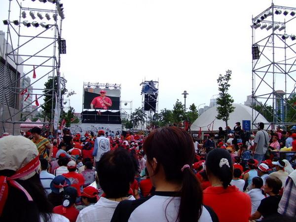 早消失殆盡的紅衫軍,台灣人的三分鐘熱度啊…無言