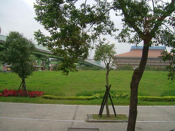 台北車站的景色跟小時後完全不同