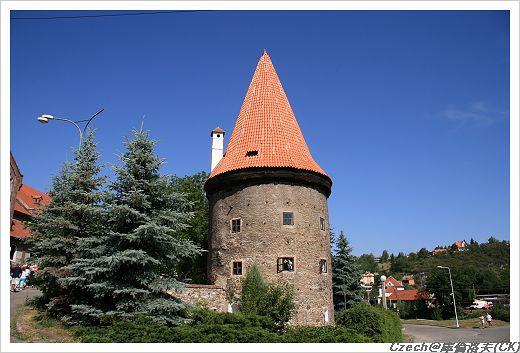 很像以前城堡的尖塔