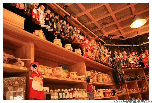 捷克有名的木雕玩偶