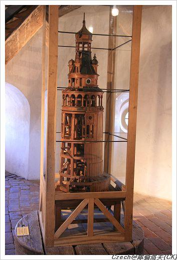 彩繪塔的縮小模型