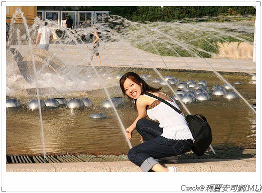 去熱解悶,噴泉很讚
