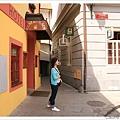 亮色系的顏色跟歐洲建築物超搭
