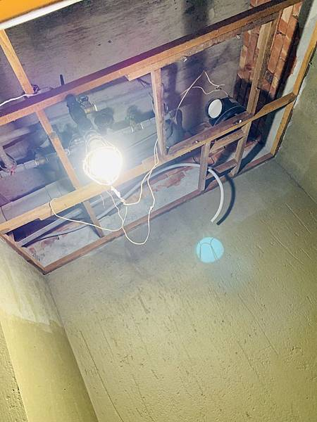 浴室防水做到天花板