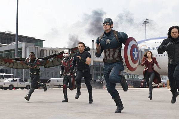 Captain-America-Civil-War1-886x590.jpg
