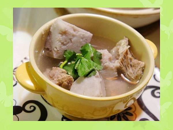 【食譜分享】芋頭排骨湯 。芋頭系列料理 │五互龍海美食小編