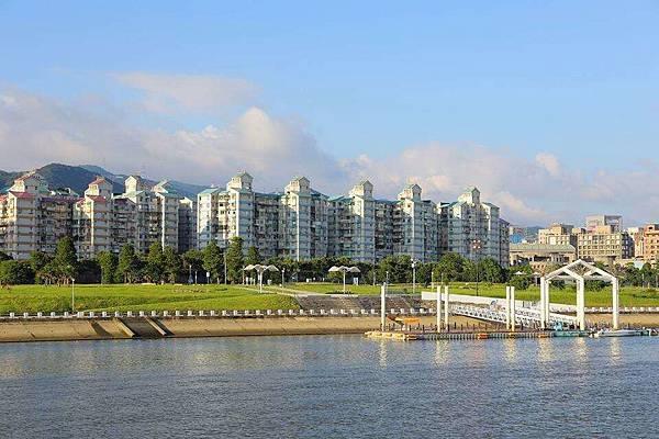 美堤河濱公園