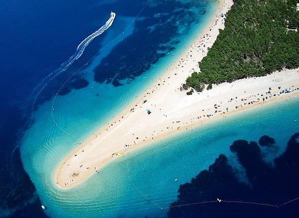 zlatni-rat-beach-croatia (2)