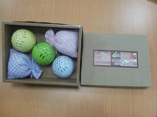 YU303洗衣球沐浴球禮盒-02