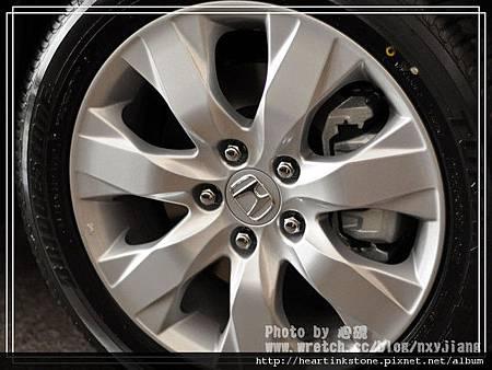 Accord車體寫真8.jpg