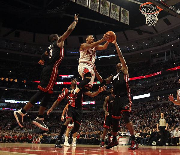 Dwyane+Wade+Miami+Heat+v+Chicago+Bulls+jGq7Fsjbaiox.jpg