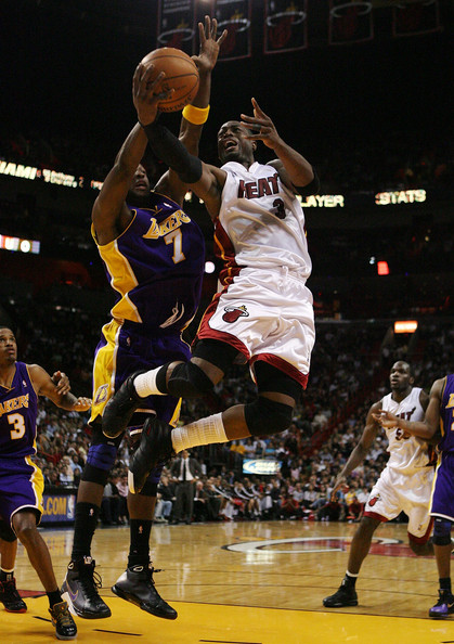 Los+Angeles+Lakers+v+Miami+Heat+o08j7pEkekyl.jpg