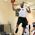 46092a276245275e23134eafd3418def-getty-90198023rb021_dwade_workout.jpg