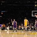 Kobe_Bryant_buzzer_beater_vs_the_Kings_2010.JPG