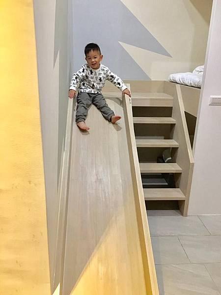 一夜溜滑梯