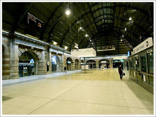 Sydney-Central station-02.jpg