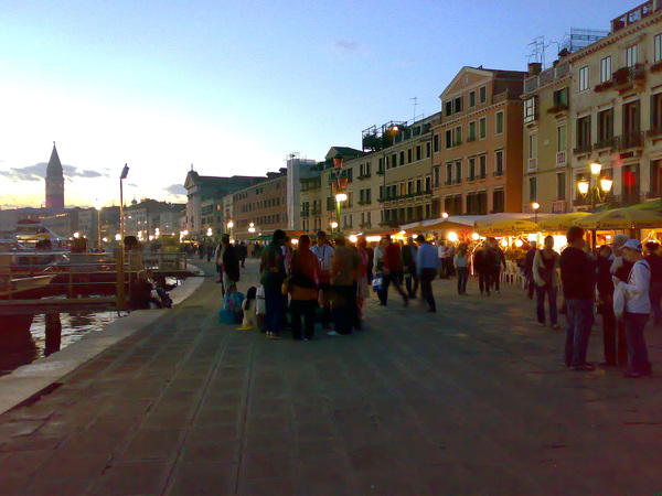 夕陽下的碼頭