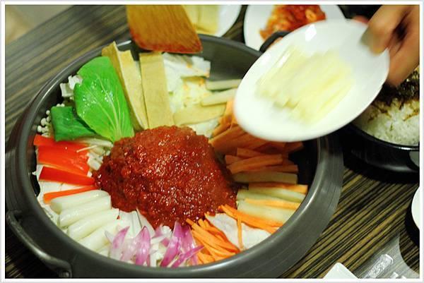 2011-0805-炒辣雞鍋-01.jpg