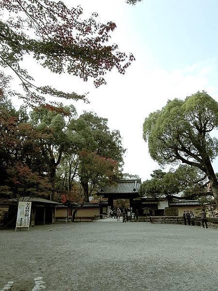 2011-京都之旅-第四天-前往鹿苑寺-02.jpg