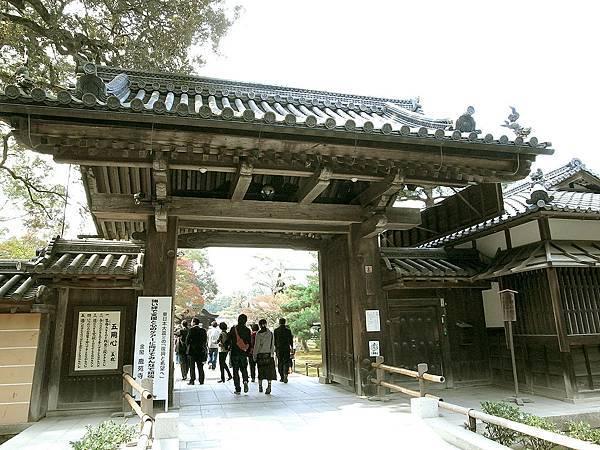 2011-京都之旅-第四天-前往鹿苑寺-03.jpg