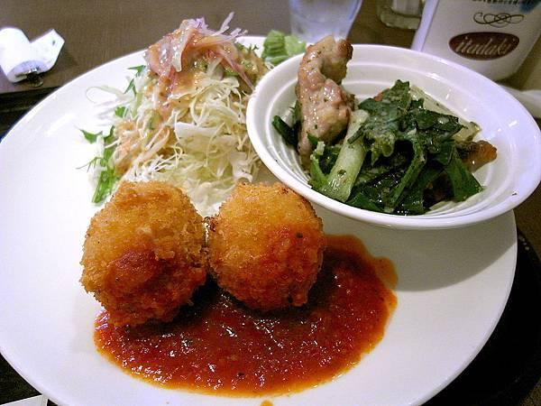 2011-京都之旅-第四天-前往鹿苑寺途中的洋食店-03.jpg