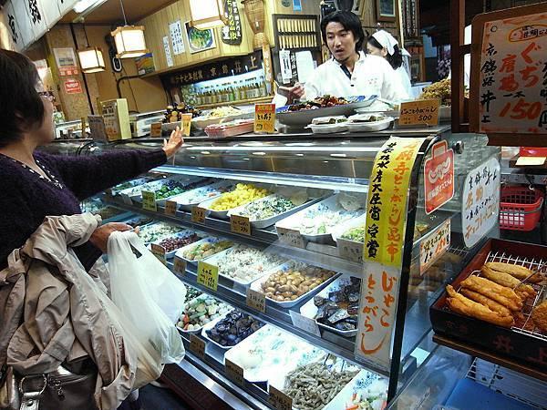 2011-京都之旅-第四天-錦市場亂拍-02.jpg