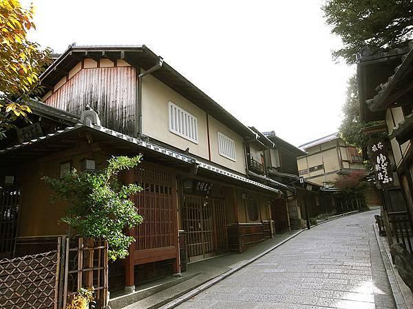 2011-京都之旅-第五天-前往清水寺途中-06.jpg
