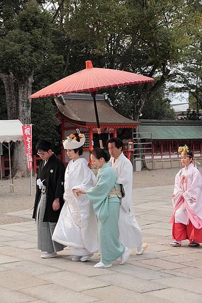 2011-京都之旅-第五天-八坂神社-巧遇日式婚禮-02.jpg