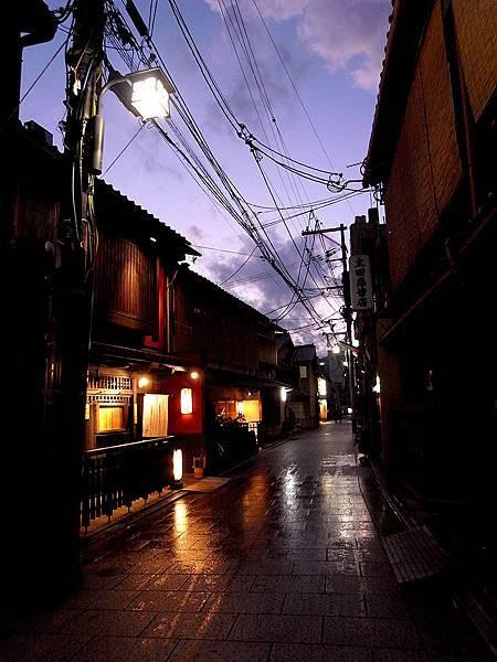 2011-京都之旅-第五天-花見小路-01.jpg
