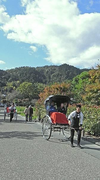 2011-京都之旅-第六天-嵯峨野 嵐山-人力拉車.jpg