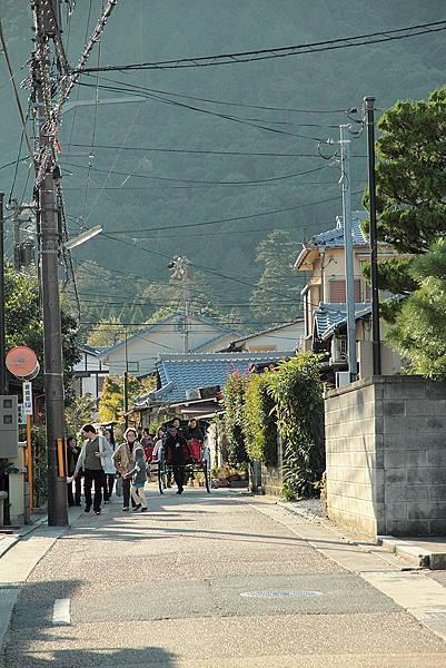 2011-京都之旅-第六天-嵯峨野 嵐山-街道-01.jpg