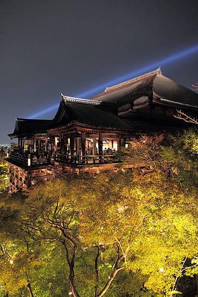2011-京都之旅-第七天-夜訪清水寺-09.jpg