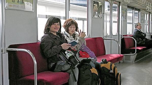2011-京都之旅-第八天-前往奈良路上-近鐵-01.jpg