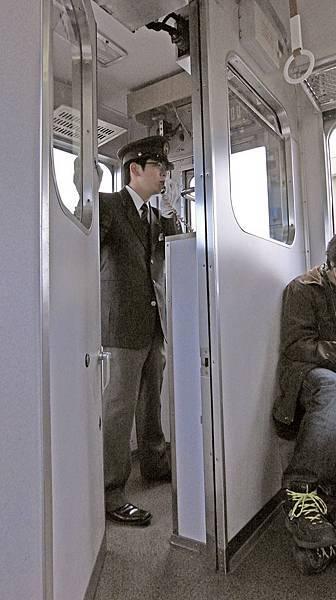2011-京都之旅-第八天-前往奈良路上-近鐵-02.jpg