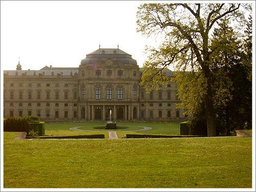 符茲堡主教宮花園-01.jpg