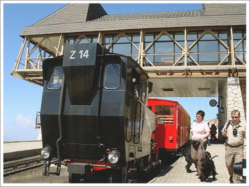 聖沃夫岡-夏夫堡火車-02.jpg
