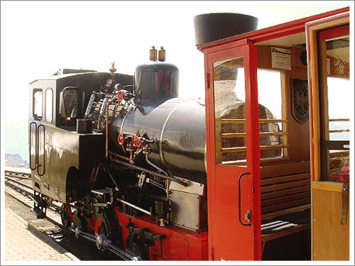 聖沃夫岡-夏夫堡火車-03.jpg