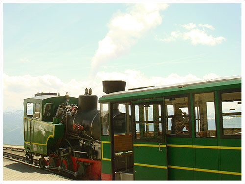 聖沃夫岡-夏夫堡火車-04.jpg