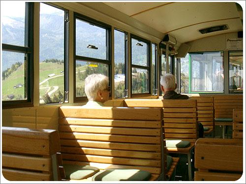 聖沃夫岡-夏夫堡火車-06.jpg