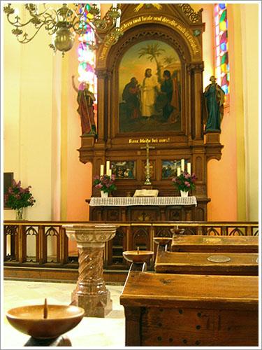 哈茲達特-教堂-01.jpg