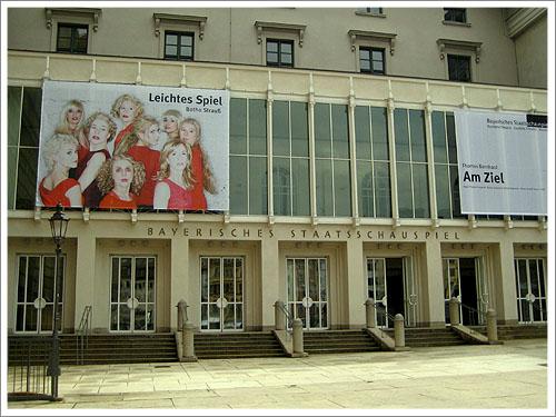 慕尼黑-巴伐利亞省立歌劇院-01.jpg