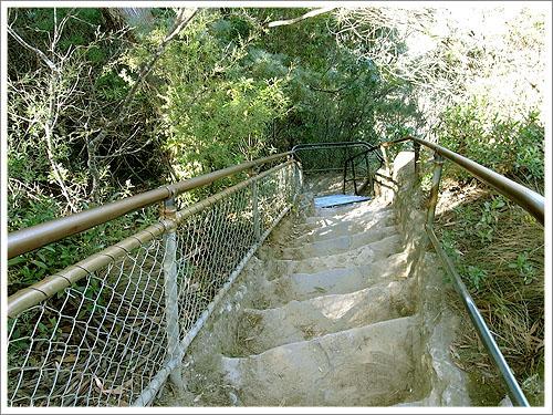 Sydney-giant stairway-02.jpg
